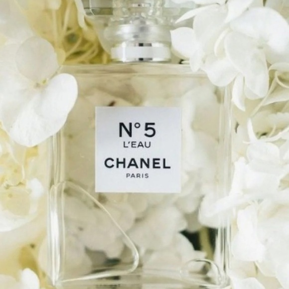 CHANEL Other - CHANEL N°5 L'eau TESTER